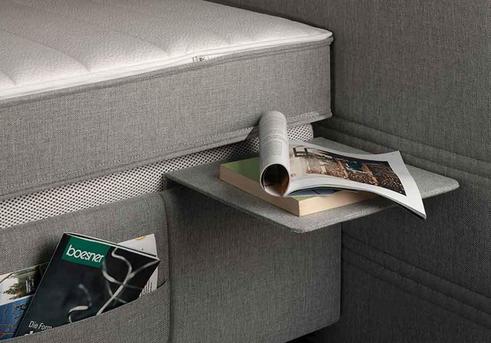 Anstecktisch 1. Eine nützliche und schlichte Erweiterung für das Bett: