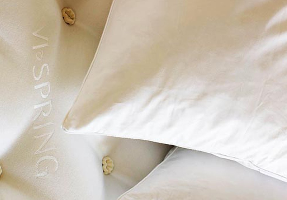 Pillow_Natural_Luxury_Pillow 2